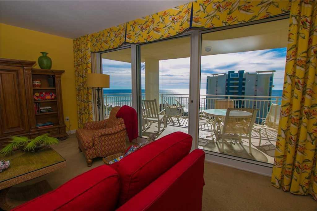 Sterling shores 901 magnificent 3 bedroom condo with ocean view condominiums for rent in for 9 bedroom house destin florida