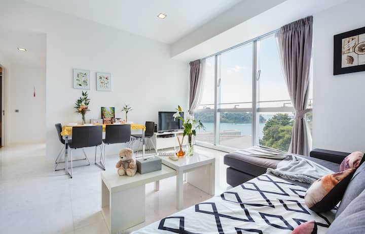 Resort Style Seaview Luxury Apt Near SENTOSA CBD