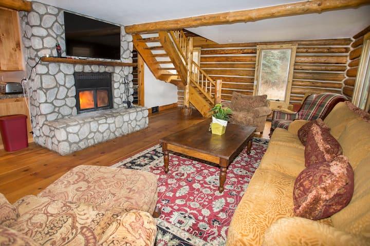 Elliott's Ranch-Lena's Cabin/WVail/4Br/3ba/7guests