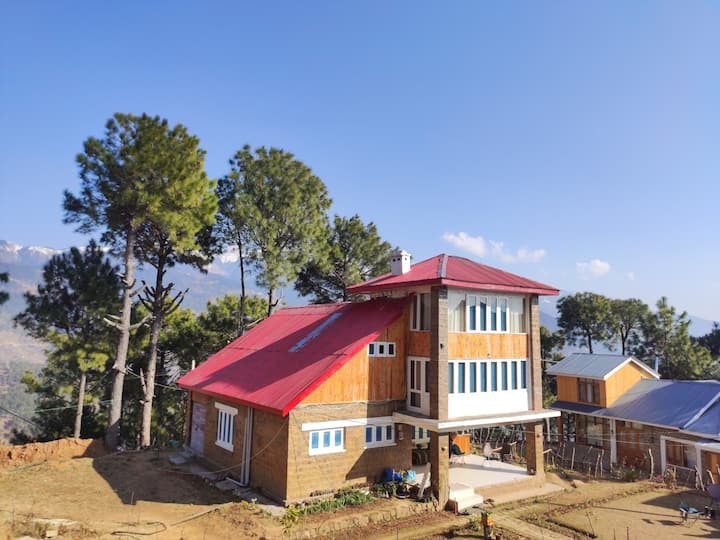 Shivdhaar Cottages Patnitop