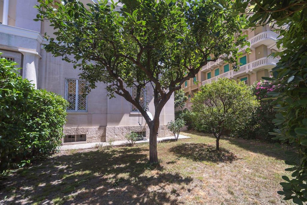 Appartamento il giardino di castelletto appartements en - Residence il giardino bellaria ...