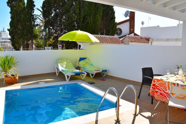 House in centre of Nerja and near Burriana Beach