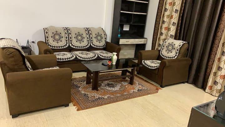 3BHK AC Beautiful fully furnished flat in Belmondo