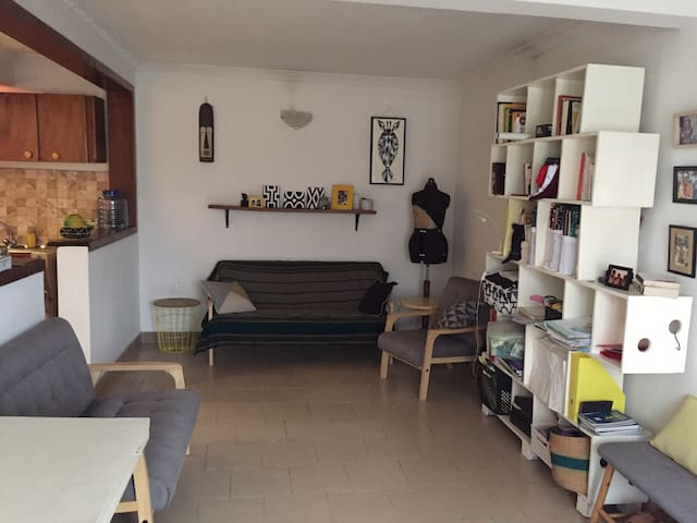 Cute single room appartment near Magasin / TASOK