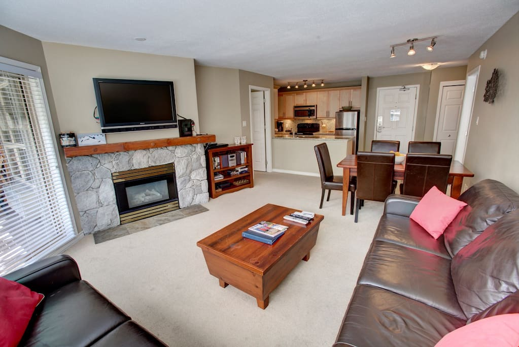 Snuggle up in front of the fire place and watch some TV after a day on the slopes.