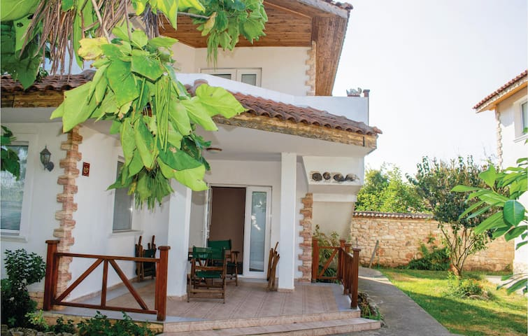 Holiday cottage with 1 bedroom on 57m² in Krapets