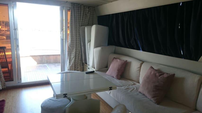 Nice Boat in Jesolo Beach - Lido di Jesolo - Båd
