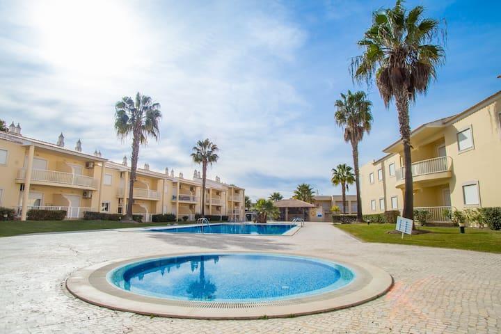 Kimb Green Apartment, Albufeira, Algarve - Albufeira - Apartament