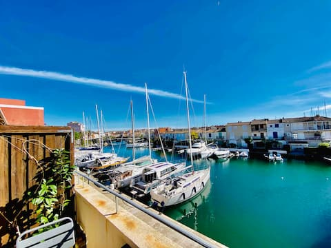 **GRIMAUD PORT Lovely Apartment/Marina View**