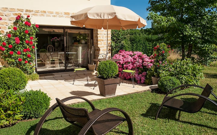 Caubesse, appartement de charme avec jardin Sarlat