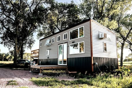 Gorgeous Tiny House, Peaceful Hills, Open Skies