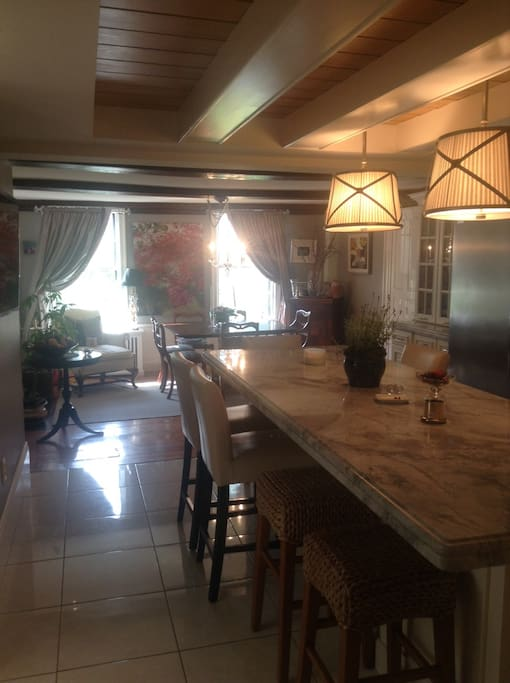 Eat in Dining area off Kitchen