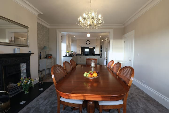 Luxury Boutique Apartment with Coastal Views - Brightlingsea - Huoneisto