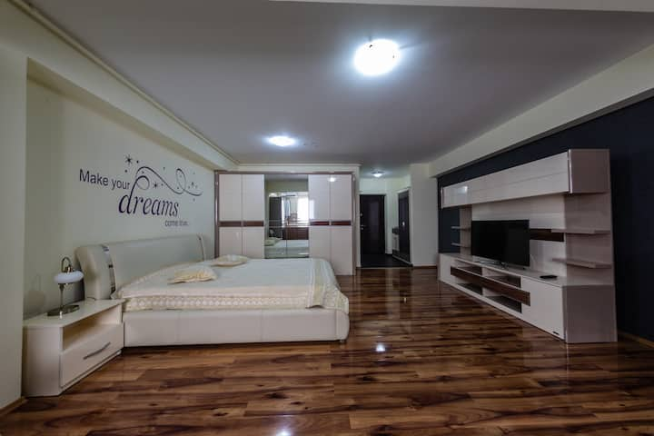 Luxury Radox Apartment Airport Bucharest