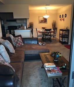 cozy, clean and quiet lakeview apartment - Orange Park - Apartment