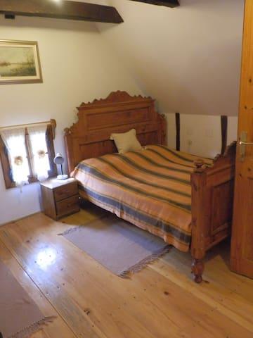 Trokrevetna soba Tradicije Čigoč