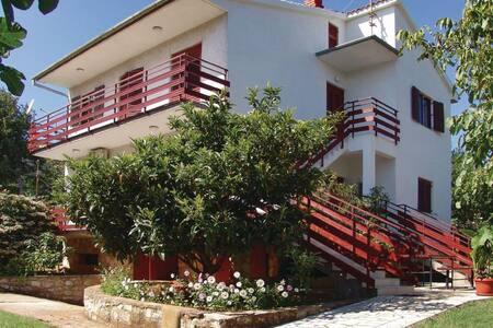 2 Bedrooms Apts in  #1 - Kastelir