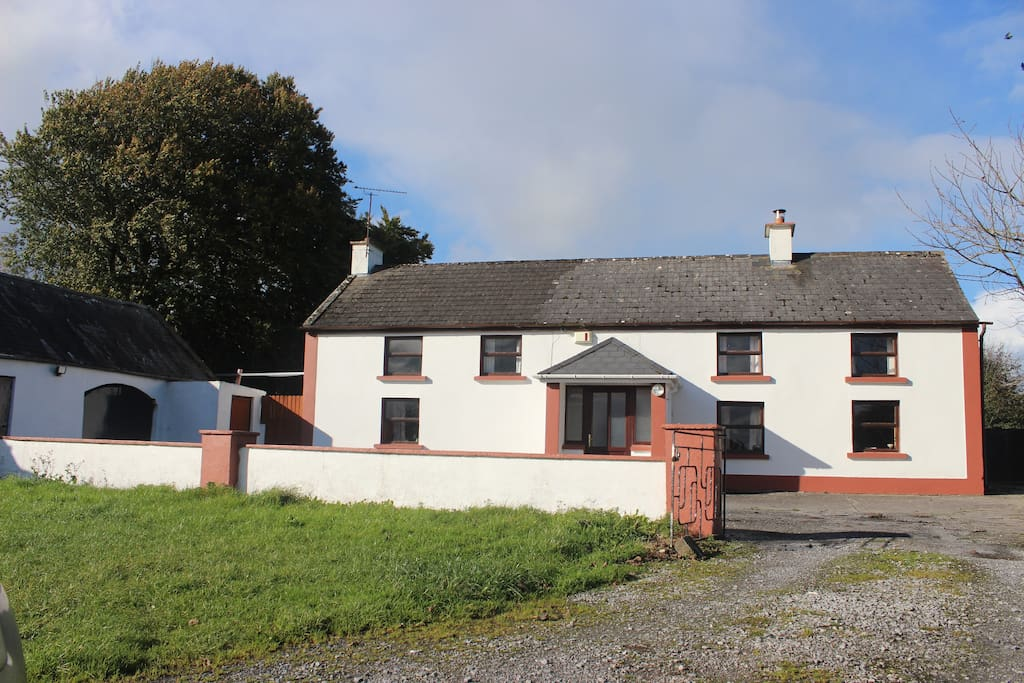 Dormer 4 Bedroom Old Irish Country Farmhouse Houses For