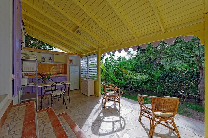 Petit cottage avec jardinet