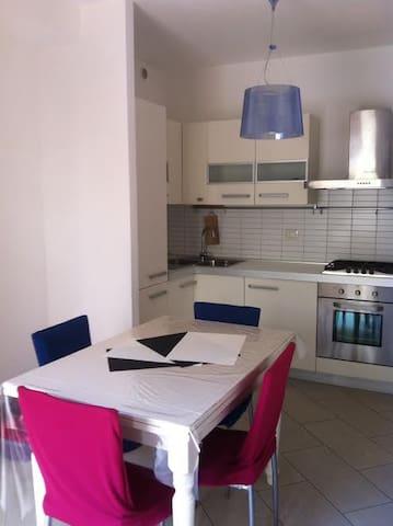 Porzione di villino in Toscana - Area Produttiva - Rumah