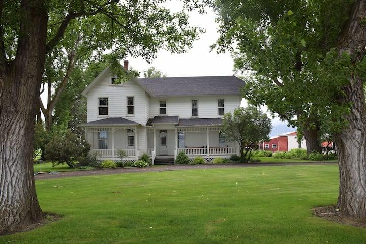 Granny's Farmhouse, an historic 1895 Victorian