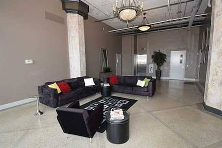Heart of Downtown Toledo - Toledo - Loft