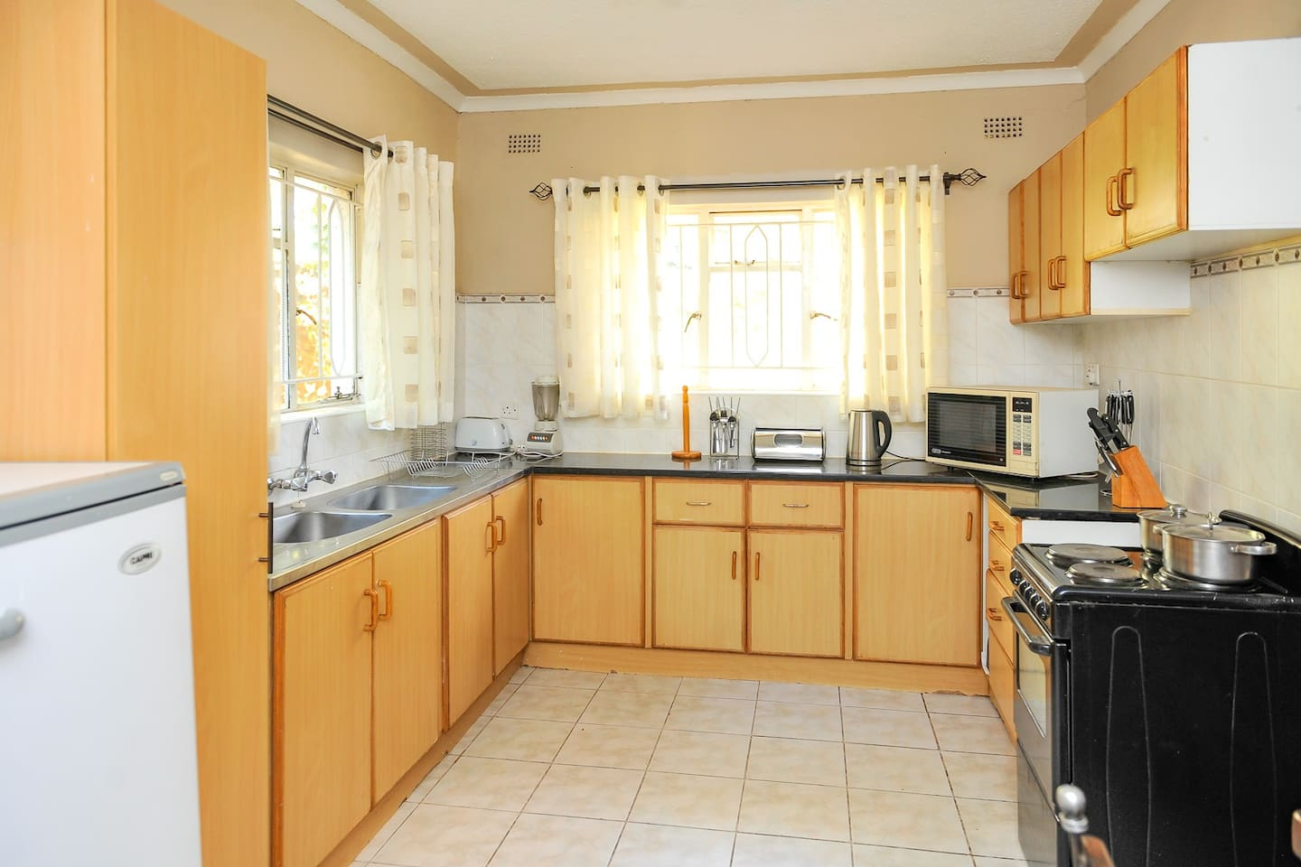 Fully furnished and equipped kitchen