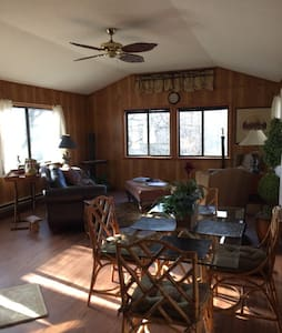 Charming Cabin at 3400' near Asheville and Hiking - Canton