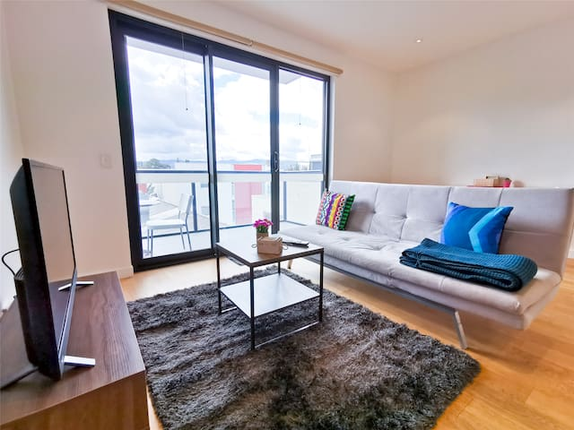 Unique Charming Apartment✔Free Parking✔Sofabed