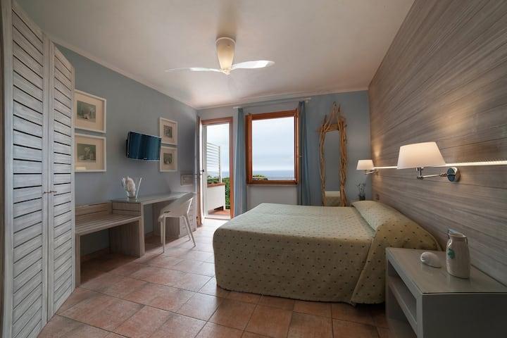 BOUTIQUE HOTEL ILIO • Double room_balcony_sea view