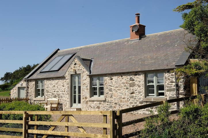 Cosy Cottage with Breathtaking Panoramic Views! - Cornhill-on-Tweed - Casa