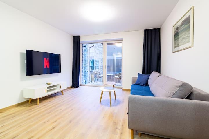 Mind Retreat Apartment w/Balcony by Cohost