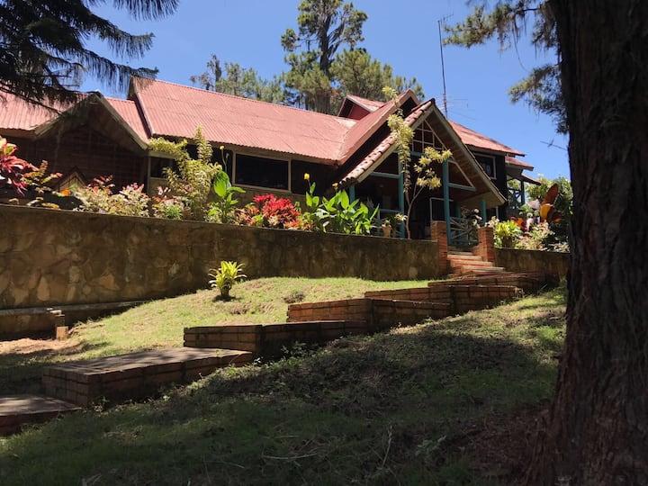 Casa, villa Parques Temáticos Sajoma,Los montones.