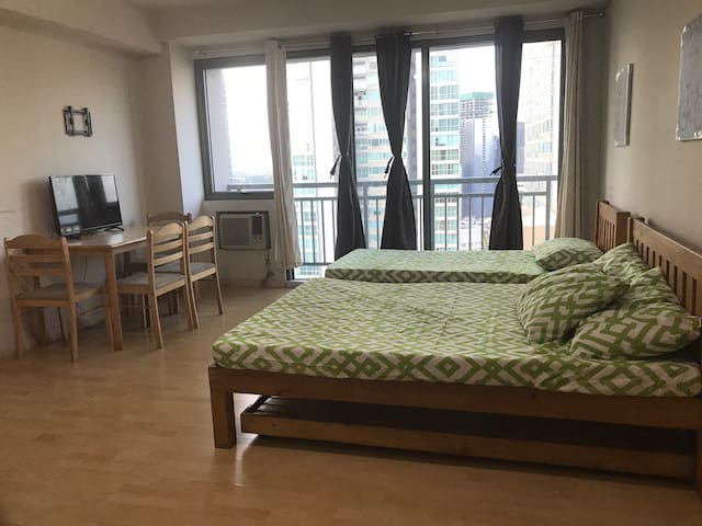Affordable Studio @ Soho Central Condo
