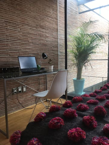Cozy room in adobe modern house. Centro de Tlalpan