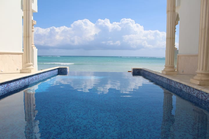 LOOKING FOR A TULUM PRIME TRUE OCEAN FRONT? ❤