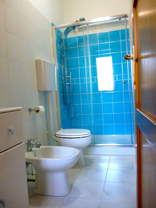 bagno con doccia 80x120