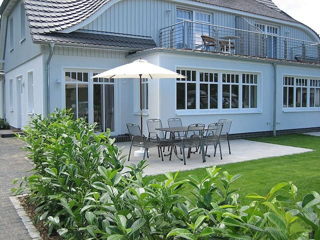 Ferienhaus Sundevit 1 in Prerow - Prerow - House