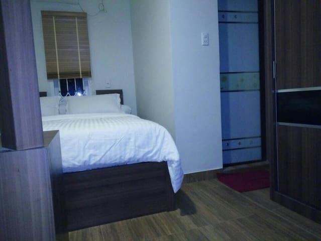 LEWI HOUSE (DELUXE ROOM) - Medan Petisah - Andere