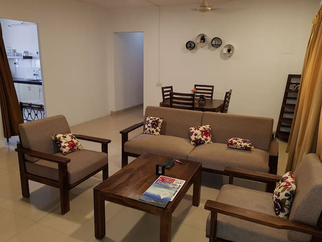 Spacious 3 bhk in BKC near MMRDA & Consulate