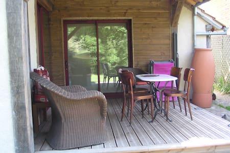 La maison aux volets rouges (appart) - La Ferté-Beauharnais