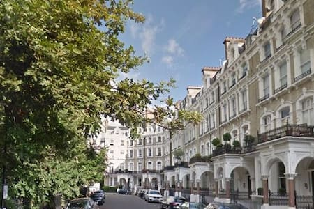 Charming Flat in Chelsea - London - Apartment