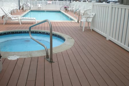 Oceanside Condo - Pool - OCNJ #10
