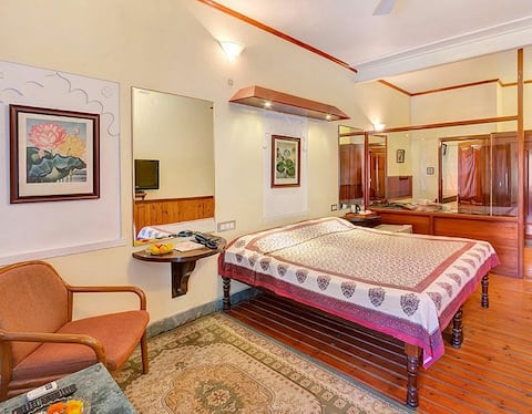 Royal Deluxe Room in The Heritage Palace for 2 PAX