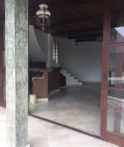 Villa Honai Bali - Merak Room (2 floor) - Tabanan - Villa
