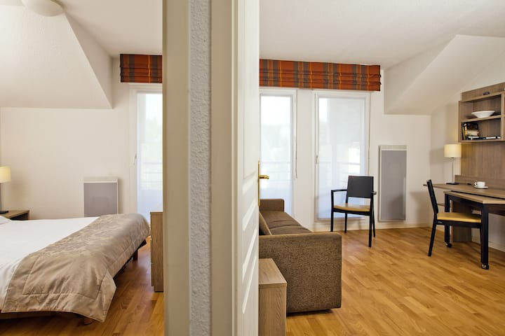 Two-bedroom with personalized service