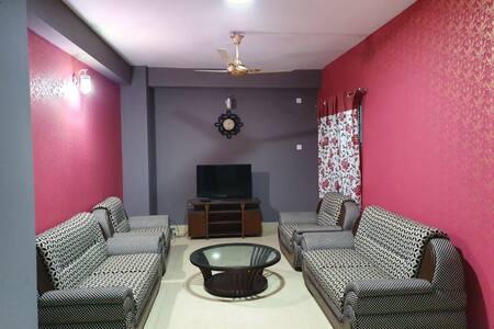 4 Bedroom apartment Central Chowmona Moulvi Bazar
