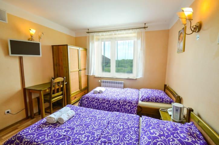 Pok 2-os z 2 łóżkami lub 1 małż. wc