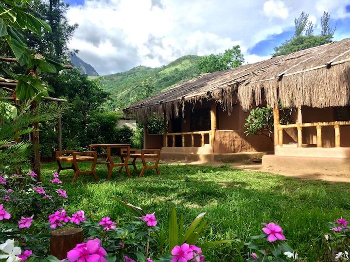 The MudHouse Marayoor - Barro (Nature Living)