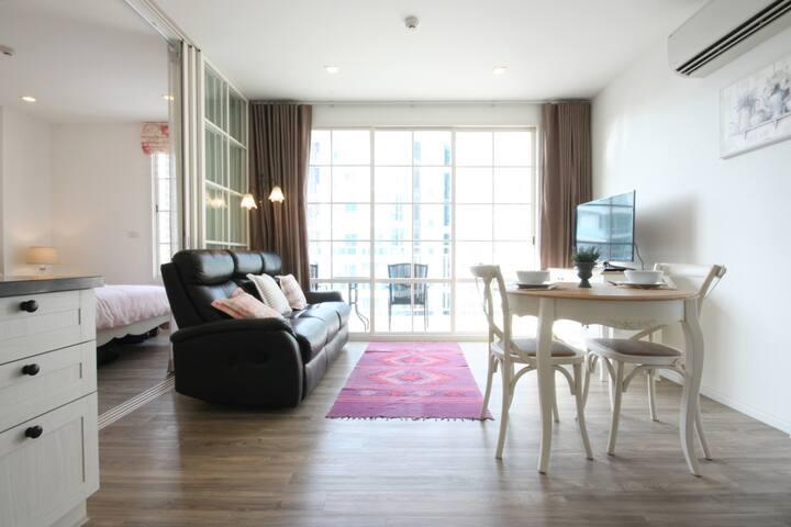 Private 1bedroom/HUAHIN Beach/CICADA/POOL/GYM